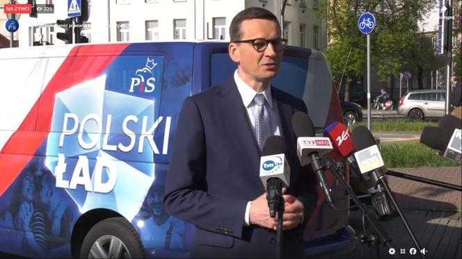 Morawiecki wsiadł w busa i ruszył w Polskę. Będzie promował Polski Ład. Oświadczenie premiera