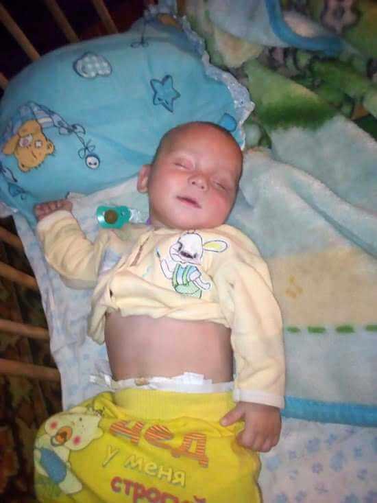 Napoiła 8-miesięcznego synka wódką. Gdy stracił przytomność, poszła na imprezę