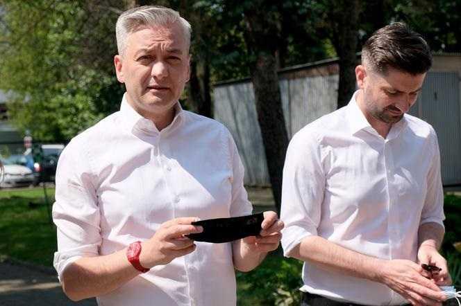 """Szok! Biedroń i jego partner w żałobie! Stracili swoje własne """"dziecko"""""""
