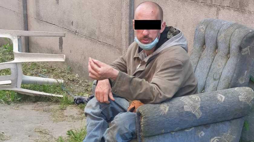 Koszmar w gospodarstwie pod Pleszewem. Mężczyzna głodził i znęcał się nad psem.