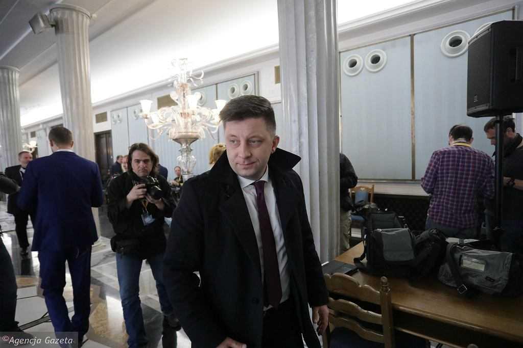 """Włamania na skrzynkę mailową Dworczyka. Jest oświadczenie ministra. """"Służby specjalne prowadzą działania"""""""