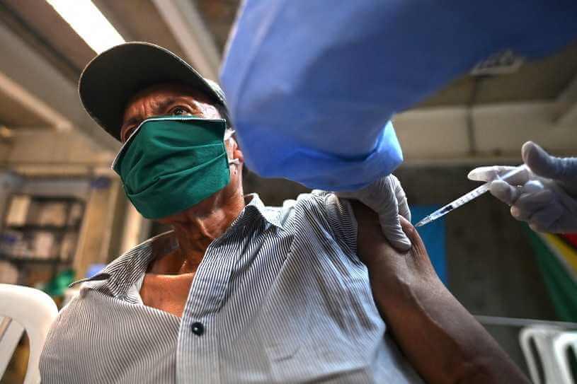 Ukraina: Zmarł cztery godziny po szczepieniu. Pfizer: Nie ustalono związku