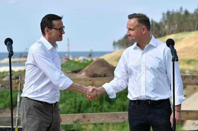 Prezydent i premier z gospodarską wizytą na przekopie Mierzei Wiślanej