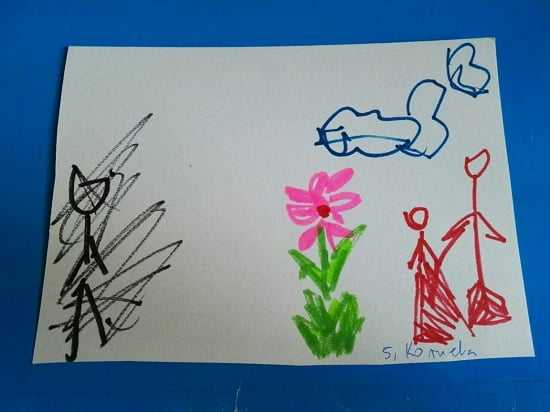 Czarna postać na rysunkach 5-latki zaczęła niepokoić przedszkolankę. Wezwała jej mamę