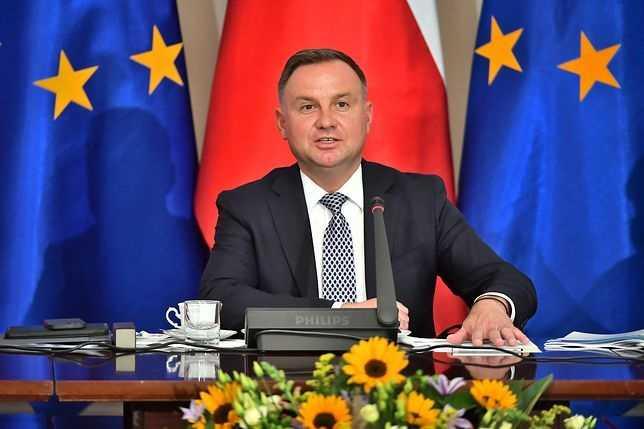 """Stan wyjątkowy. Andrzej Duda podjął decyzję. """"Nowa rzeczywistość"""""""