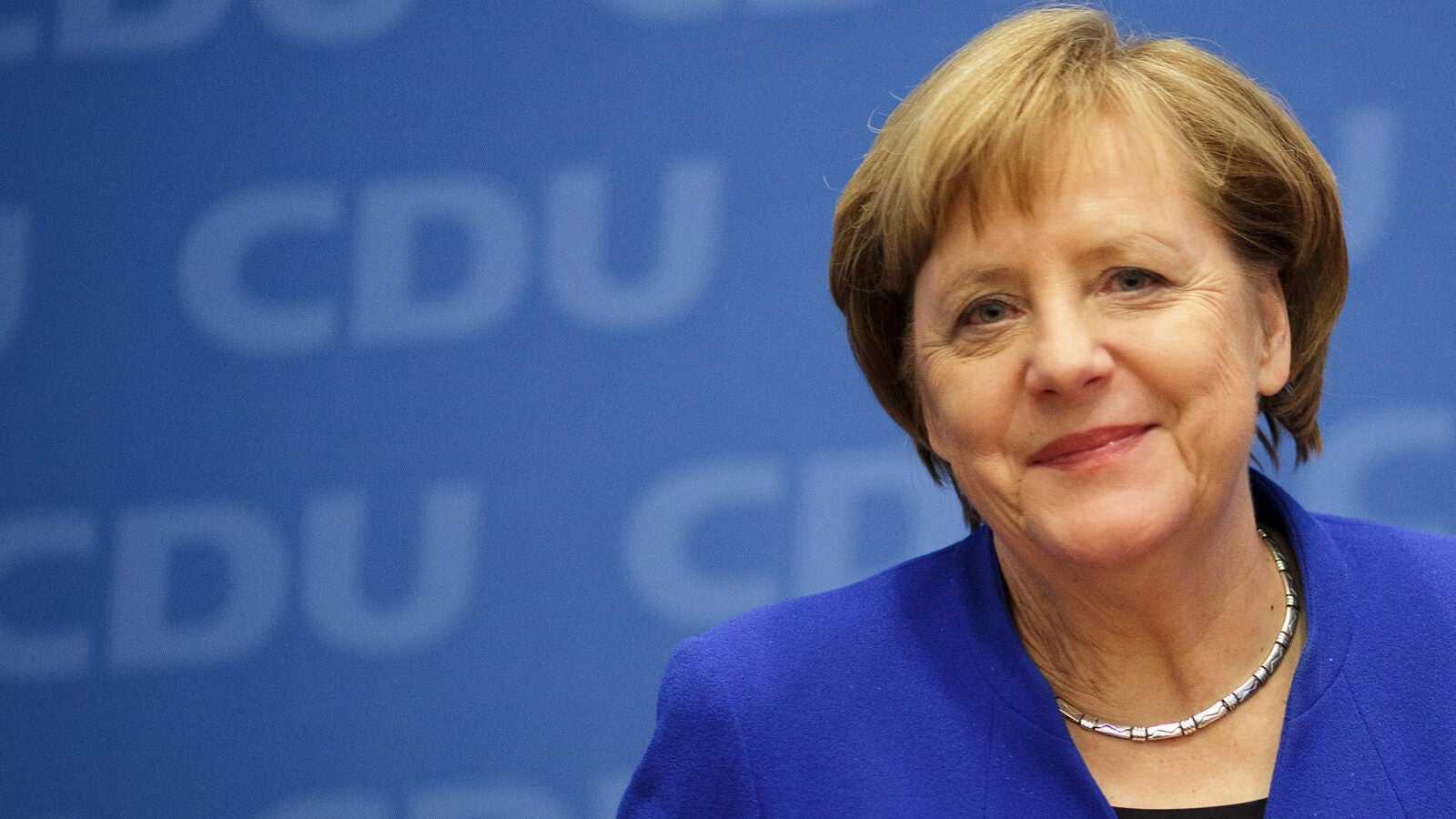 Angela Merkel w Warszawie. Niemiecka prasa: Andrzej Duda odmówił jej zaszczytu