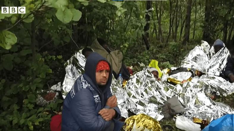 """""""Świat nie wie, co tam się dzieje"""". BBC o sytuacji na granicy polsko-białoruskiej"""