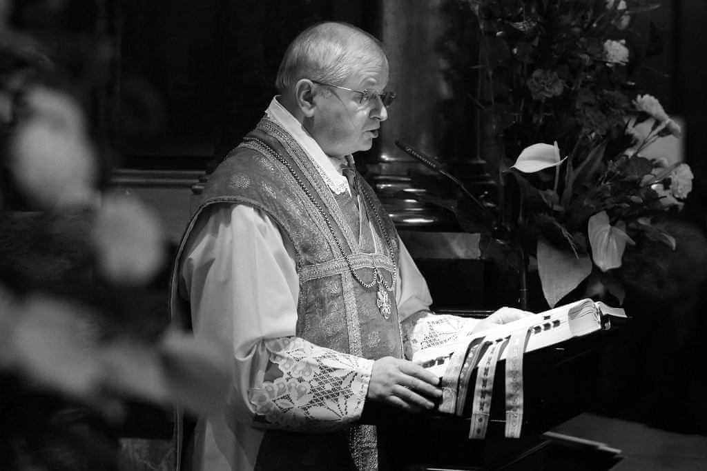 Ks. Zdzisław Sochacki nie żyje. Proboszcz katedry na Wawelu miał 67 lat. Zabije dzwon Zygmunt