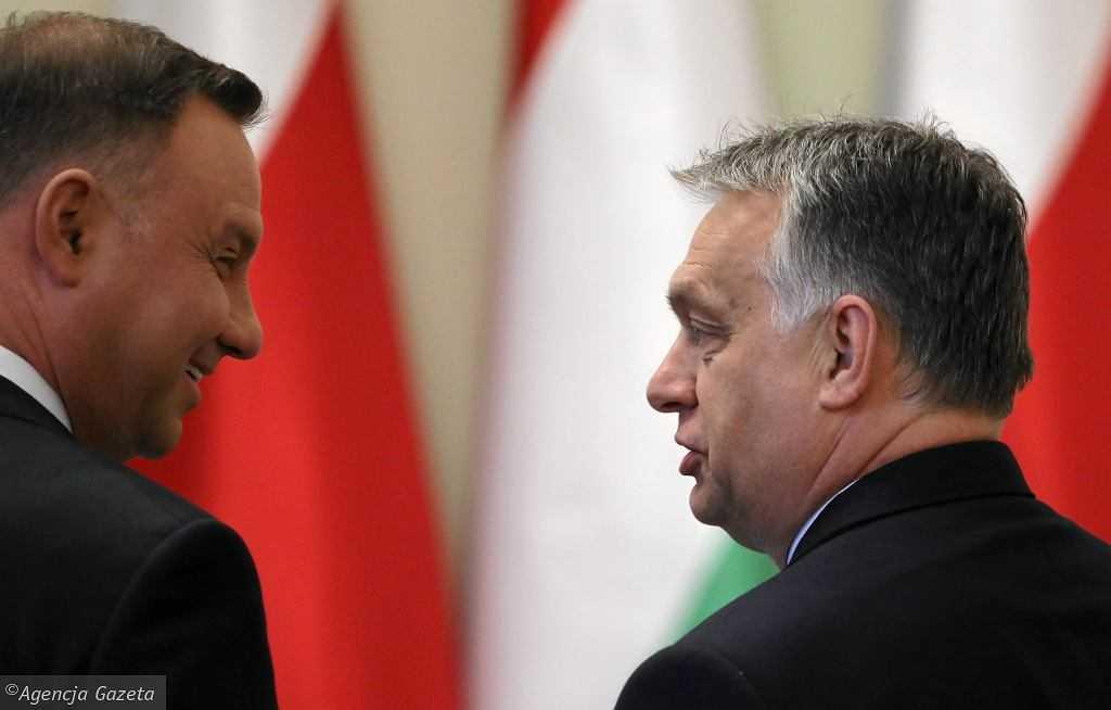 """Andrzej Duda spotka się z Victorem Orbanem i zostanie odznaczony. """"Wielki zaszczyt"""""""