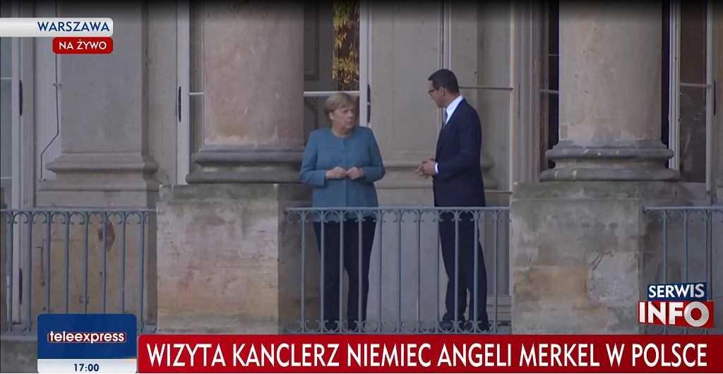 Angela Merkel w Polsce. Złożyła kwiaty i została powitana przez premiera Mateusza Morawieckiego