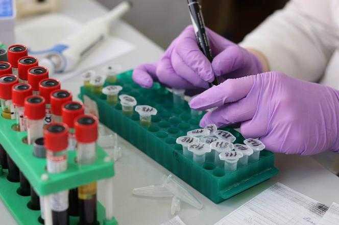 Trzecia dawka szczepionki na koronawirusa. A co z osobami, które się nie szczepią?