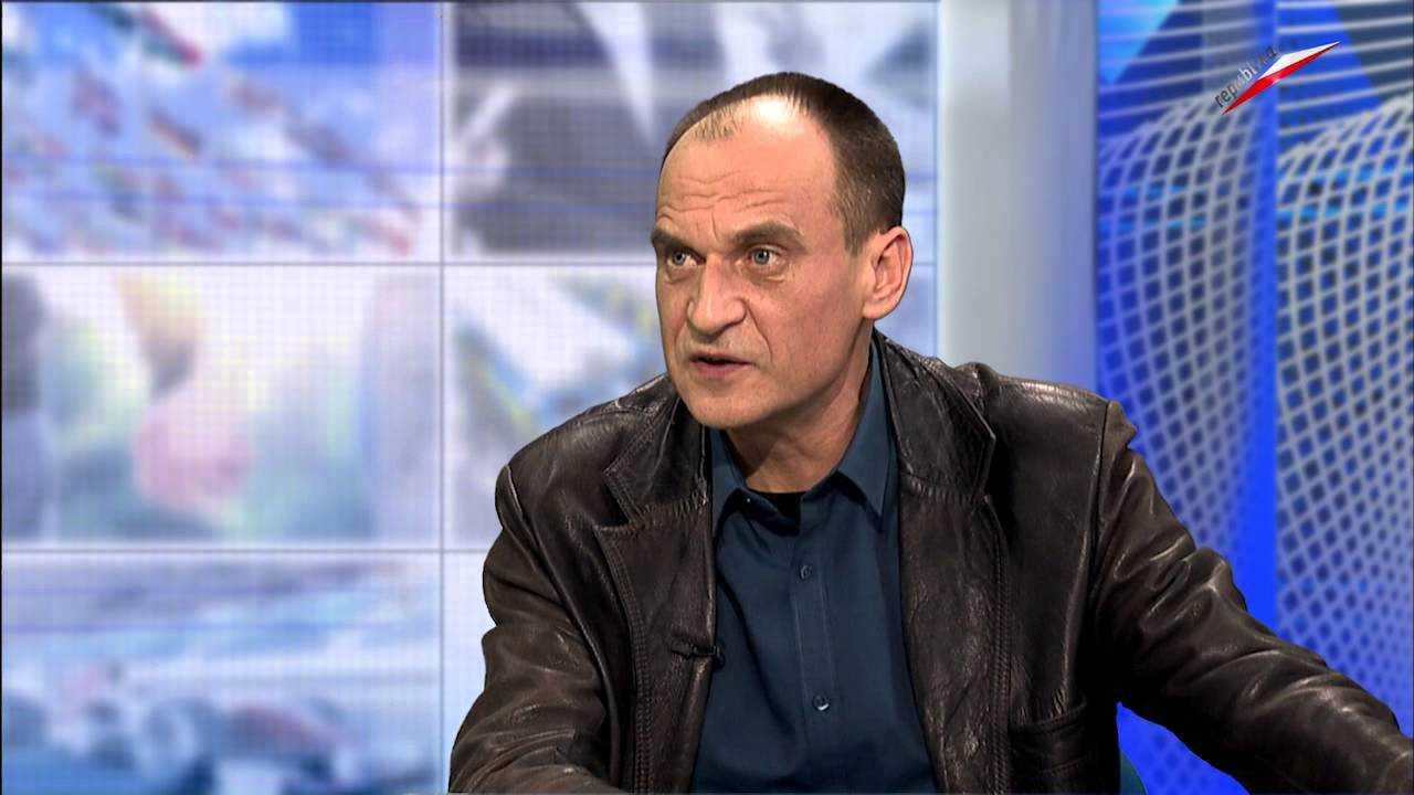 Paweł Kukiz twierdzi, że szansa wyjścia Polski z UE to kłamstwo i propaganda