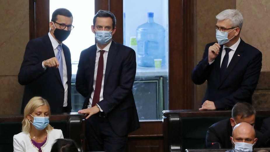"""Ostra gra o posady w rządzie. """"Prezes stąpa po cienkim lodzie"""""""